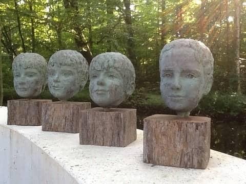 vier portretten, brons
